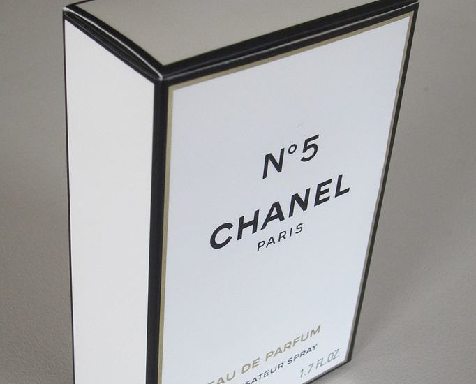 A box for a 50 ml bottle of Chanel № 5